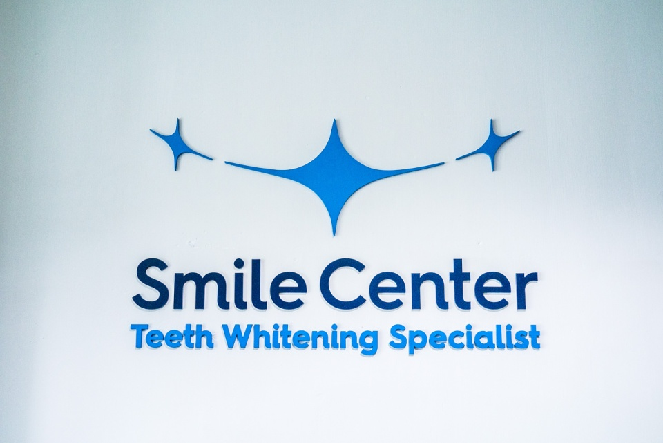 Smile Center Logo design-13