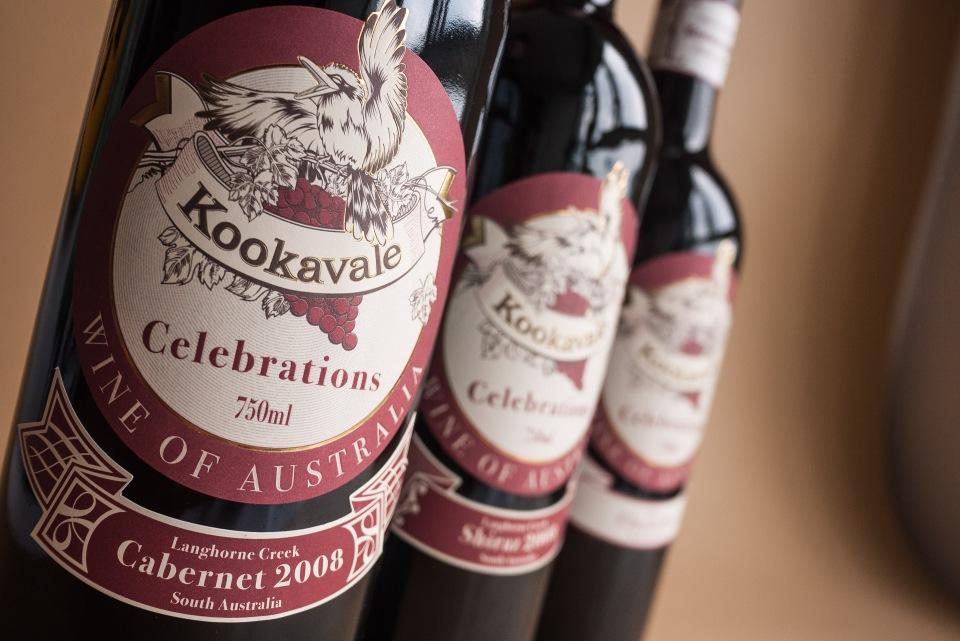 Red wine label design25
