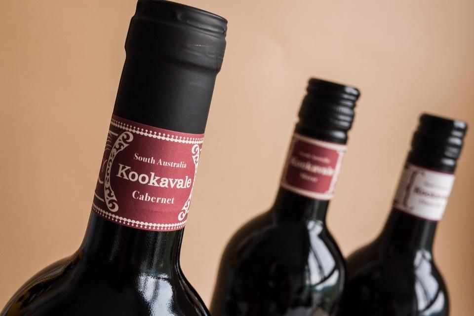 Red wine label design30